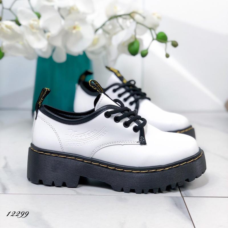 Туфли женские белые на высокой подошве - Фото 4