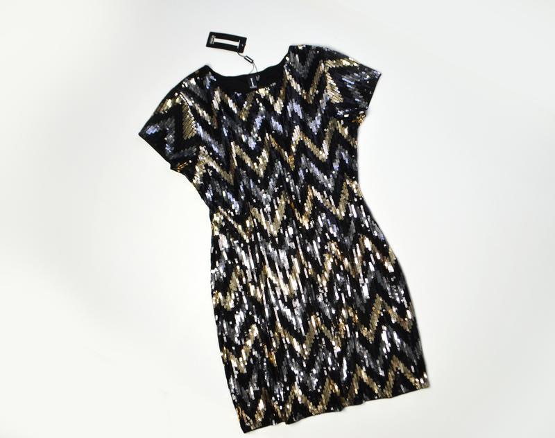 Роскошное платье из пайеток в принт елочка - Фото 2