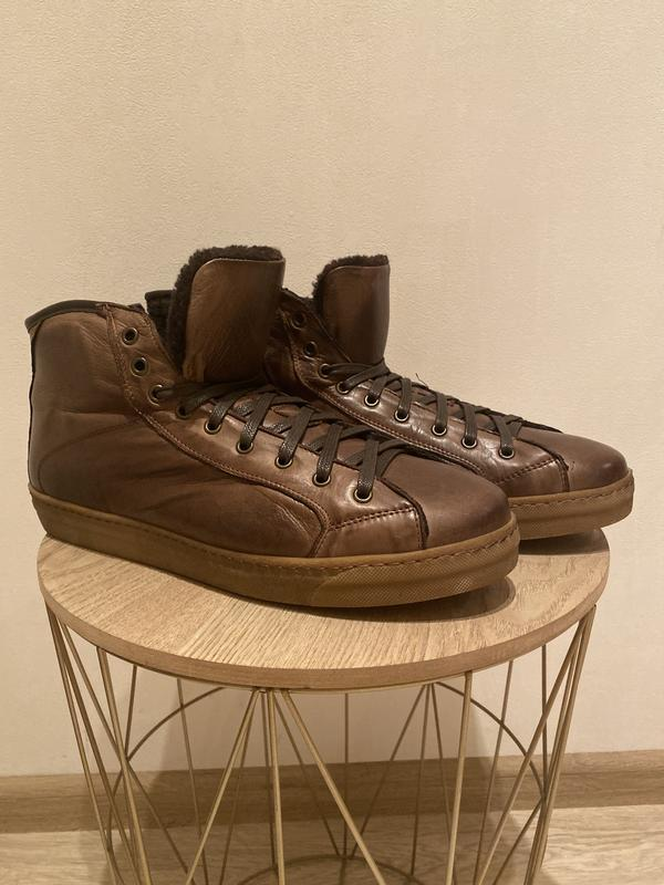 Высокие ботинки италия