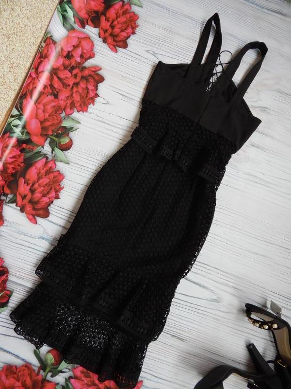 🌿невероятное, кружевное платье миди с рюшами от prettylittleth... - Фото 9