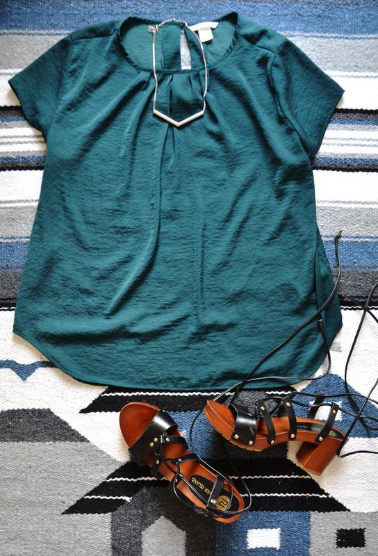 Футболка красивого зеленого цвета h&m - Фото 2