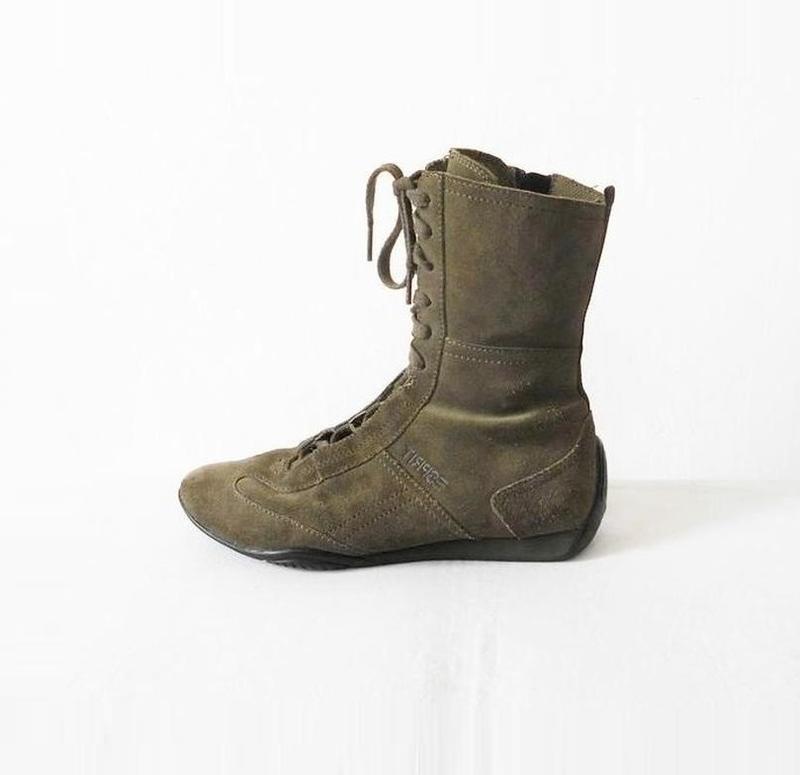 Замшевые кожаные осенние высокие спортивные  ботинки