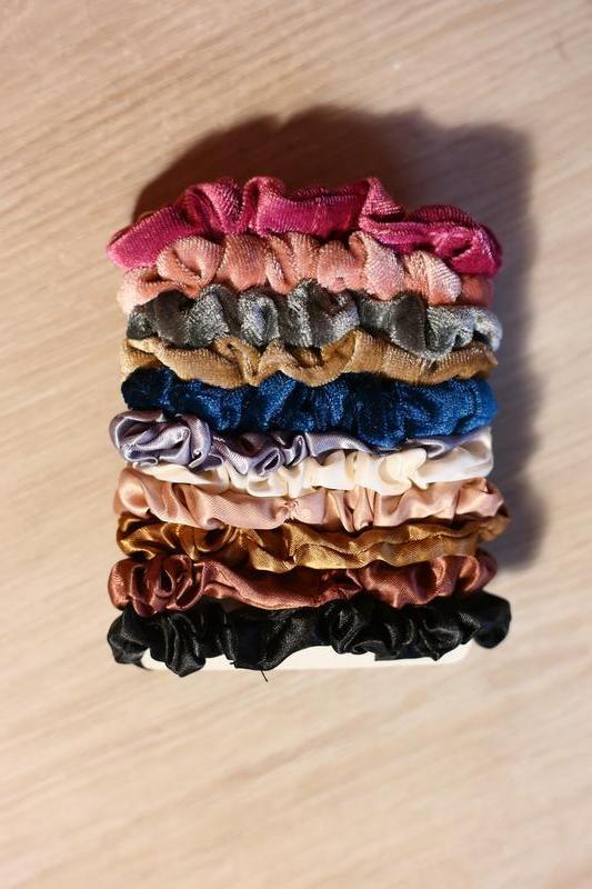 Резинки велюровые атласные для волос