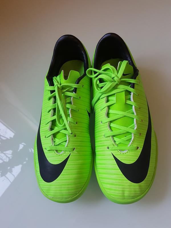 Фирменные красовки для футбола футзалки nike оригинал - Фото 3