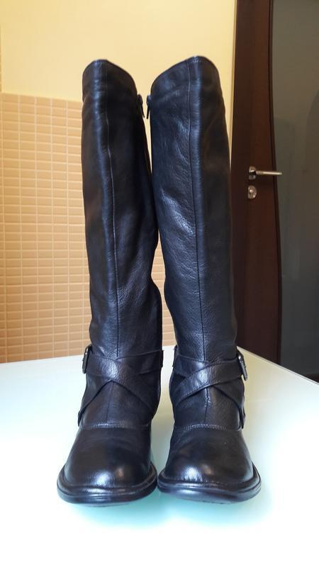 Раскошенные высокие кожаные сапоги san marina