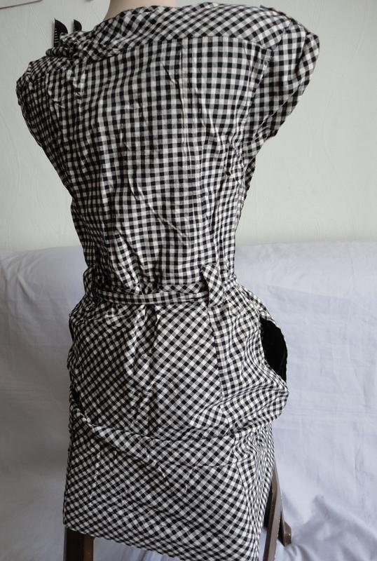 Очень прикольное платье в модную клетку mexx - Фото 4