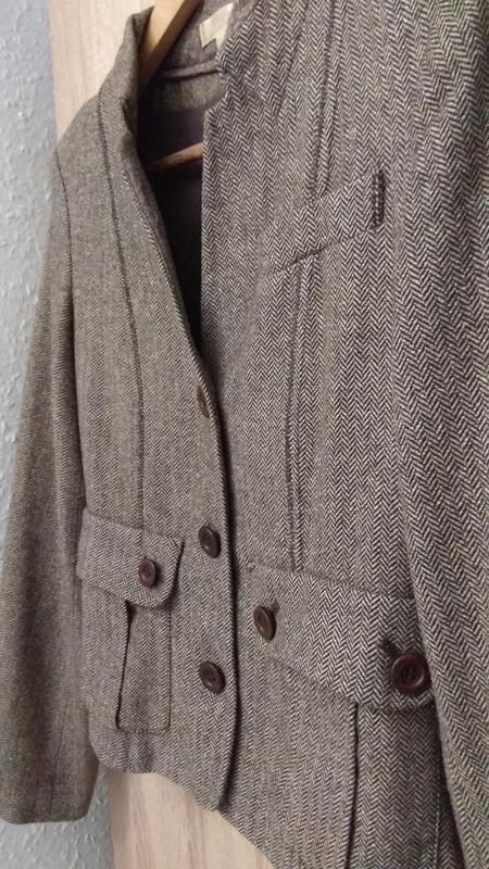Модный крутой твидовый пиджак бренда kookai