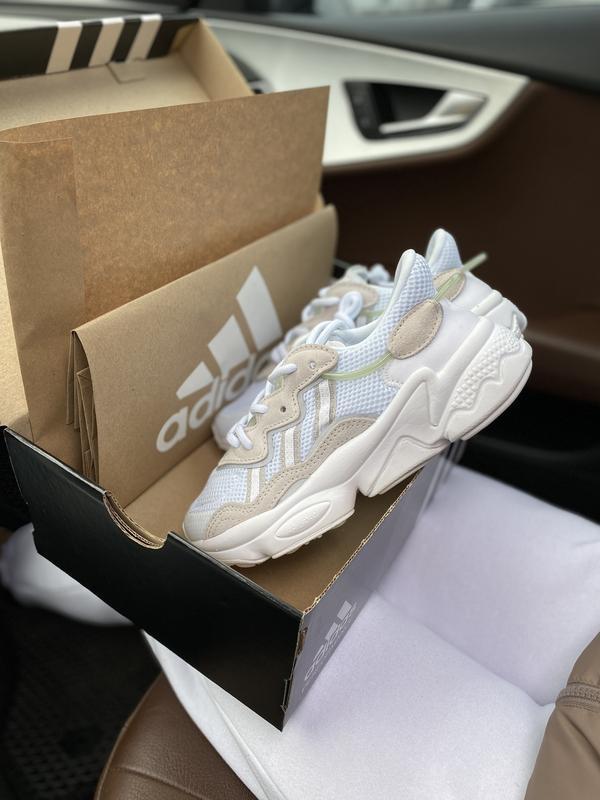 Новинка мужские и женские кроссвоки adidas ozweego ee7009