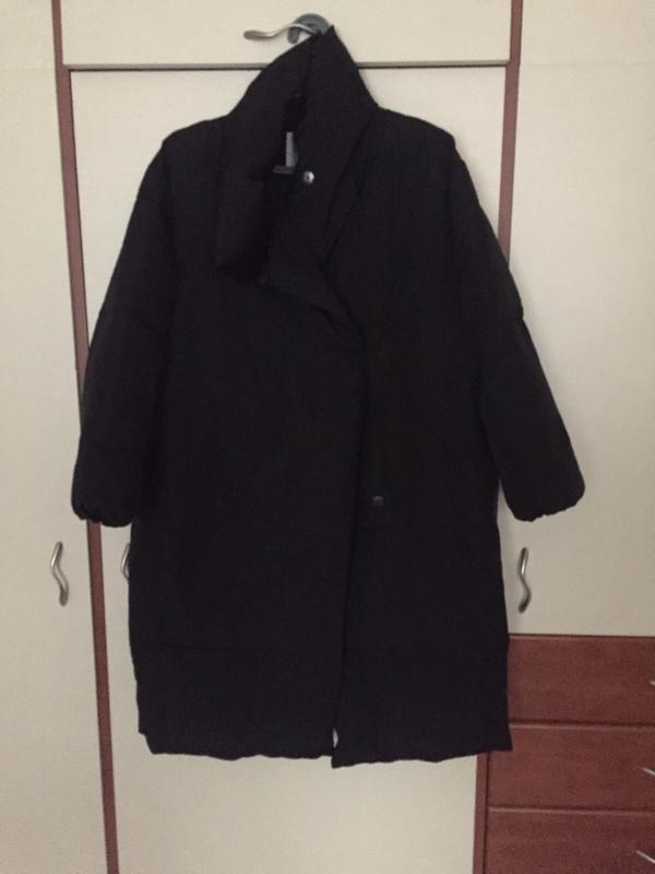 Черное пальто mango зефирка пальто одеяло пуховик искусственный - Фото 7