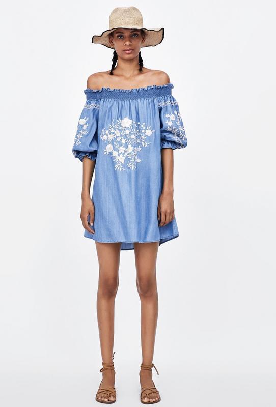 Лентее платье