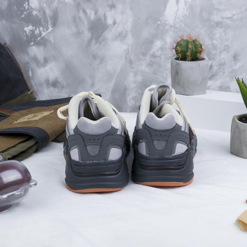 Кроссовки adidas x kanye west yeezy 700 - Фото 5