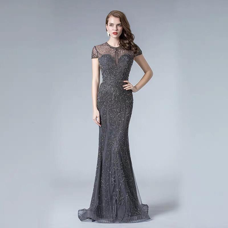 Роскошное платье рыбка