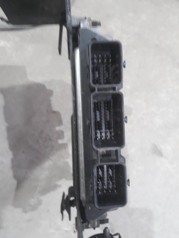 Блок управління двигуном Рено - Фото 2