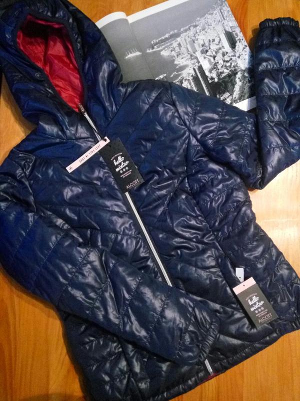 Alcott . приталенная куртка осень - еврозима с капюшоном . нов...