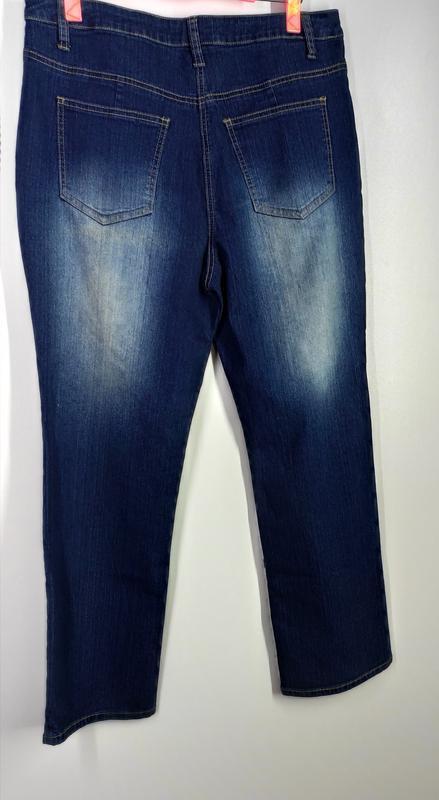 Женские эластичные прямые джинсы размер 50-52 - Фото 2