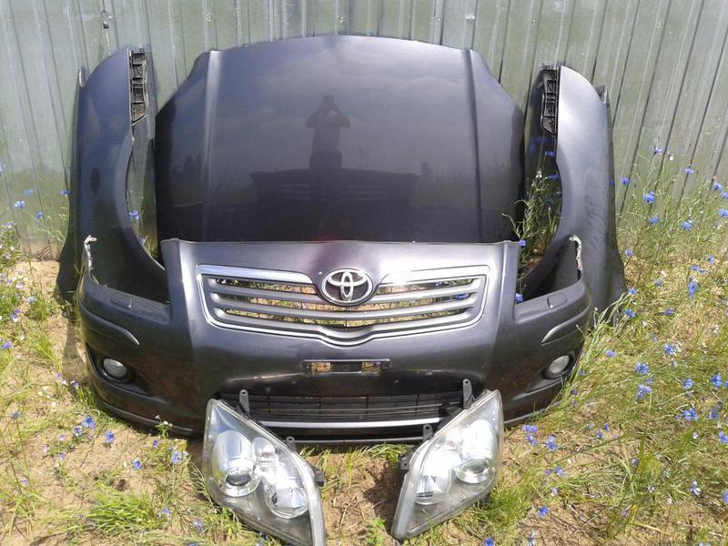 Б/у Капот Toyota Avensis 2006