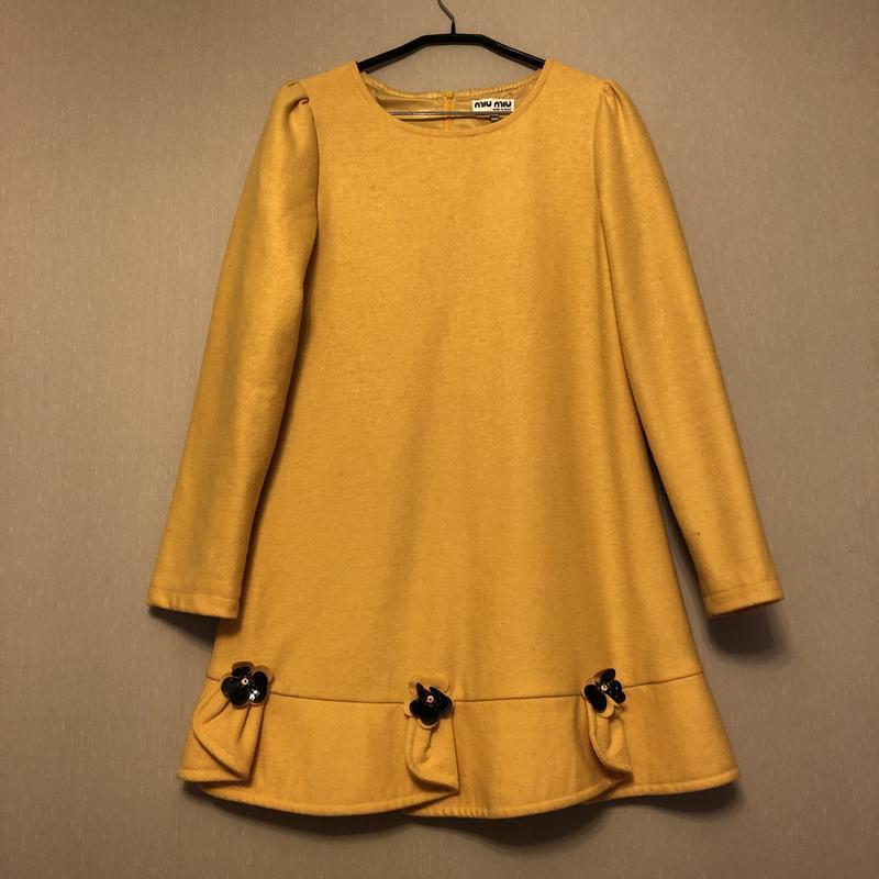 Платье miu miu оригинал желтое м - Фото 2
