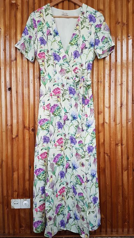 Очень красивое платье миди h&m на запах