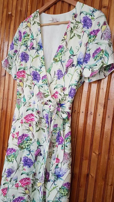 Очень красивое платье миди h&m на запах - Фото 5