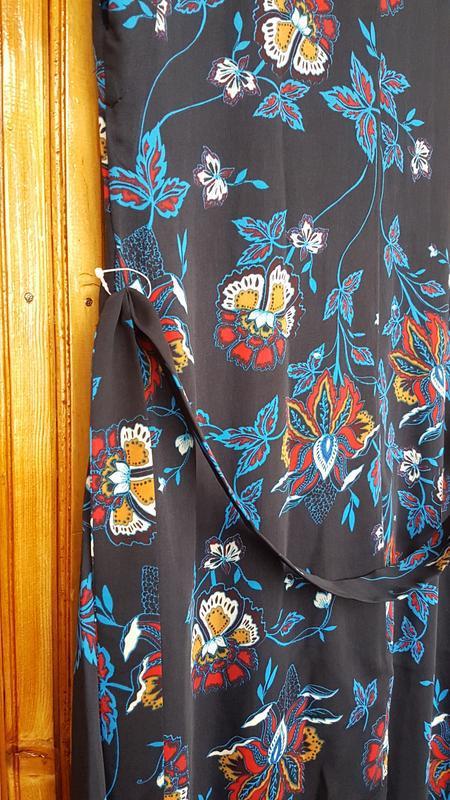 Стильное платье миди h&m на пуговицах - Фото 5