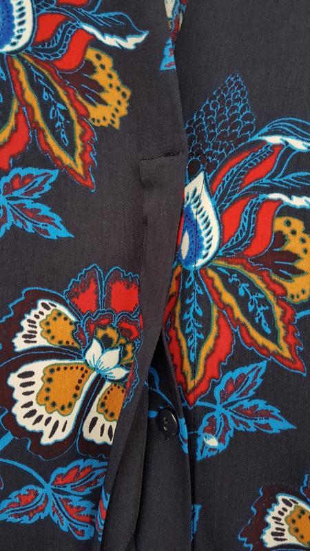 Стильное платье миди h&m на пуговицах - Фото 7