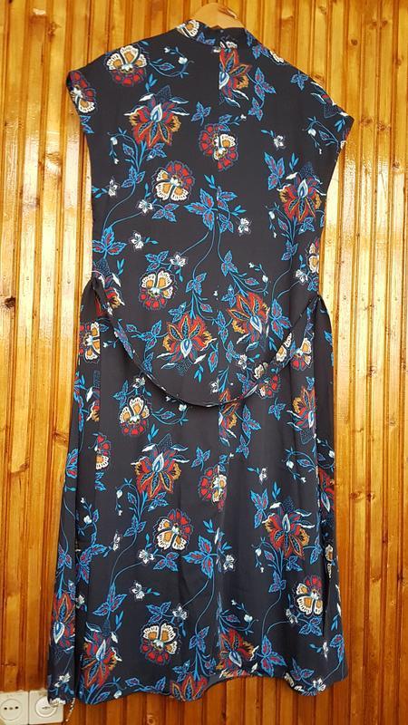 Стильное платье миди h&m на пуговицах - Фото 8