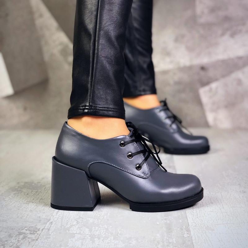 Натуральная кожа. закрытые туфли на шнурках на ассиметричном к... - Фото 5