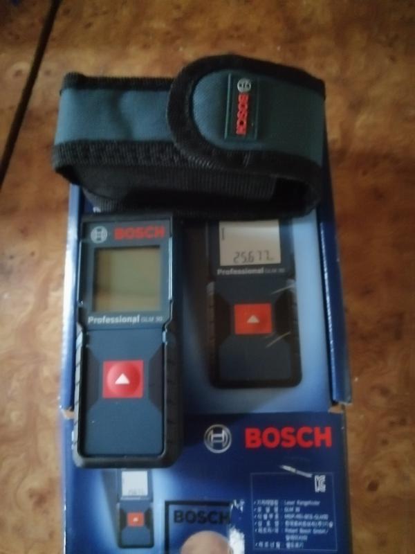 Електронна рулетка Bosch GLM 30