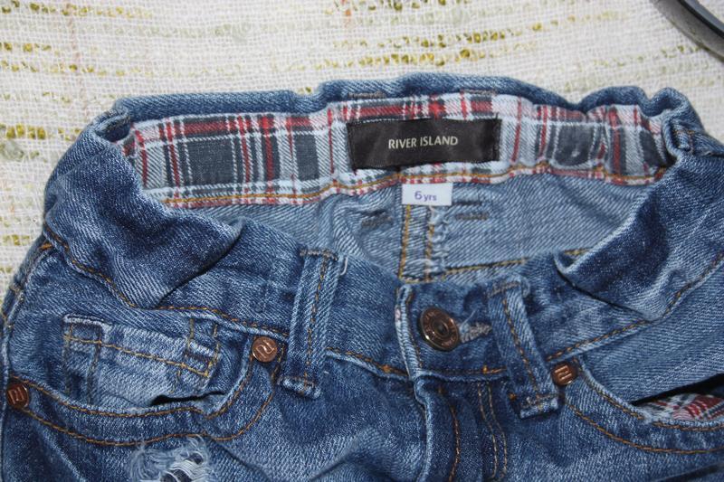 Модные джинсы на мальчика с потертостями. скинни на осень - Фото 3