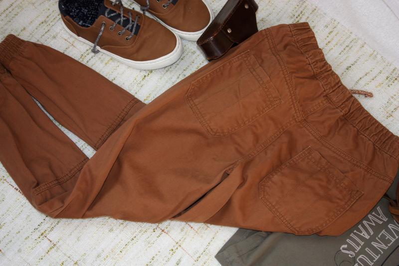 Стильные штаны на 9-10л. джинсы с манжетами - Фото 3