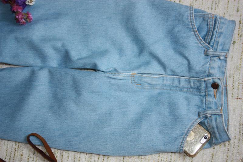 Крутые момы. джинсы с высокой посадкой. джинсы мом - Фото 5