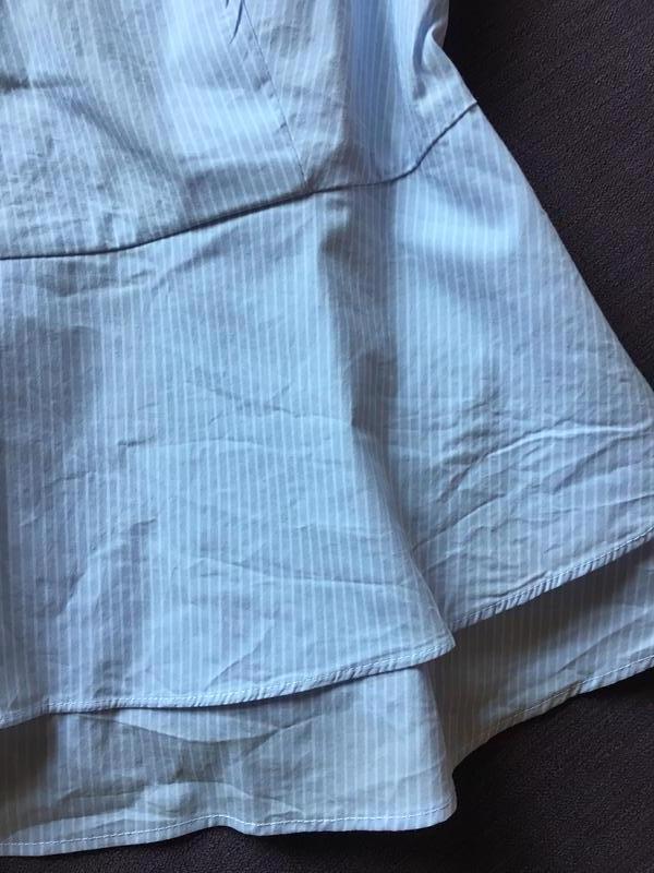 Красивая блузка в мелкую полоску  с баской  orsay - Фото 2