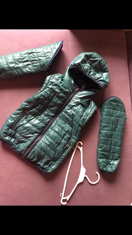 Куртка(дутик) - жилетка 4/6 годика ( не секонд )