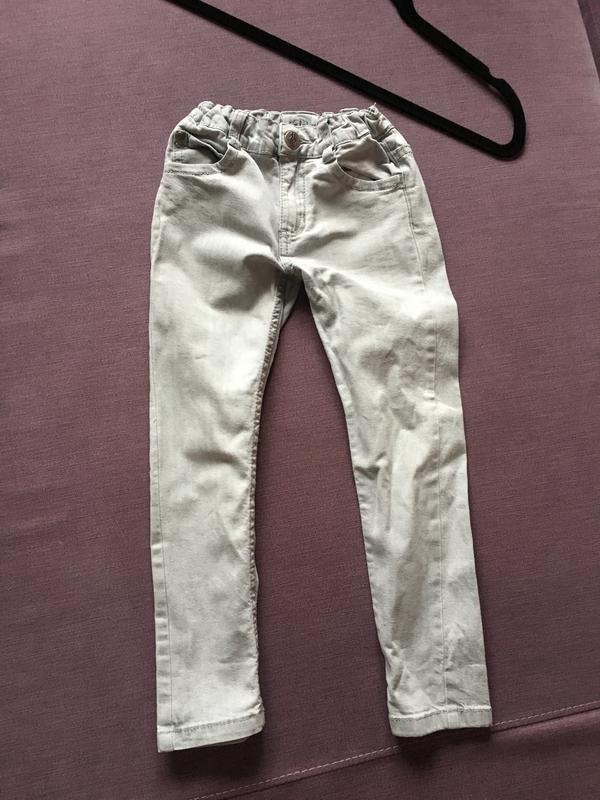Клевые серые узкие джинсы lupilu 4/6 годика