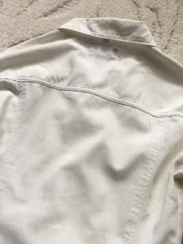 Белый джинсовый пиджак со стразами d&g - Фото 3