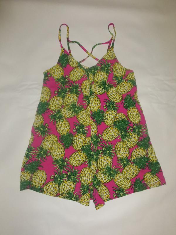 Летний комбинезон в ананасы