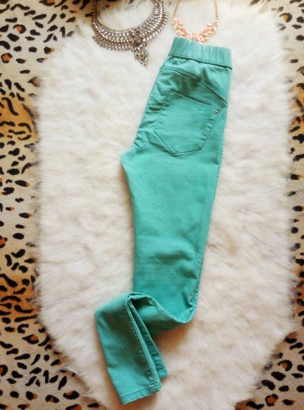 Бирюзовые джинсы скинни со швом пуш-ап узкачи американки джегг... - Фото 4