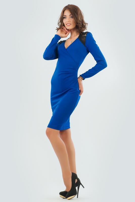 Нарядное классическое платье. бренд v&v