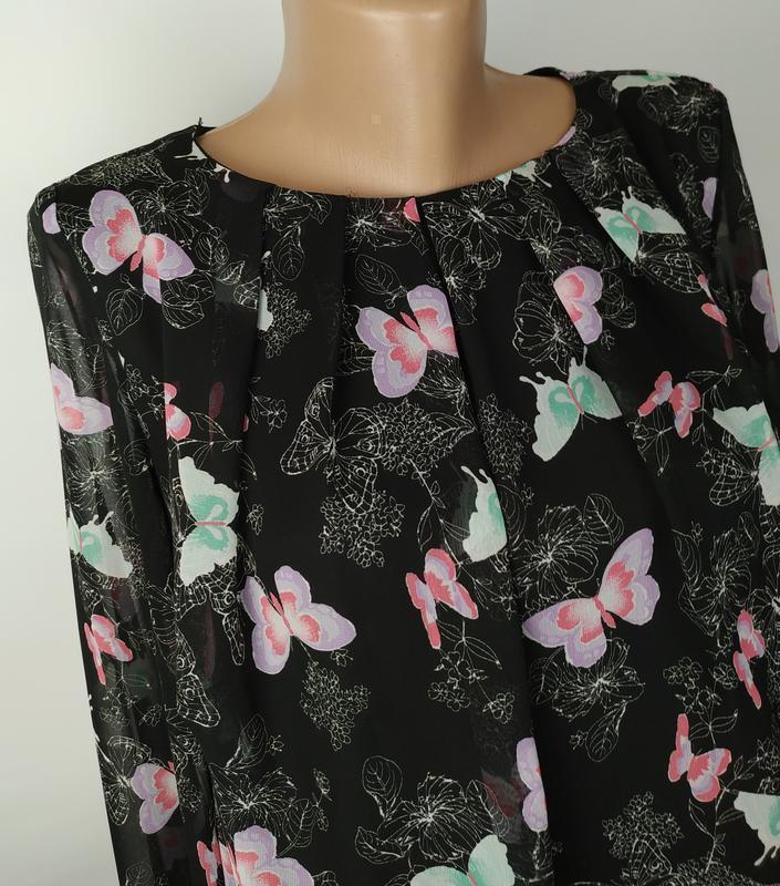 Блуза красивая в принт бабочки на подкладке с паетками на рука... - Фото 2