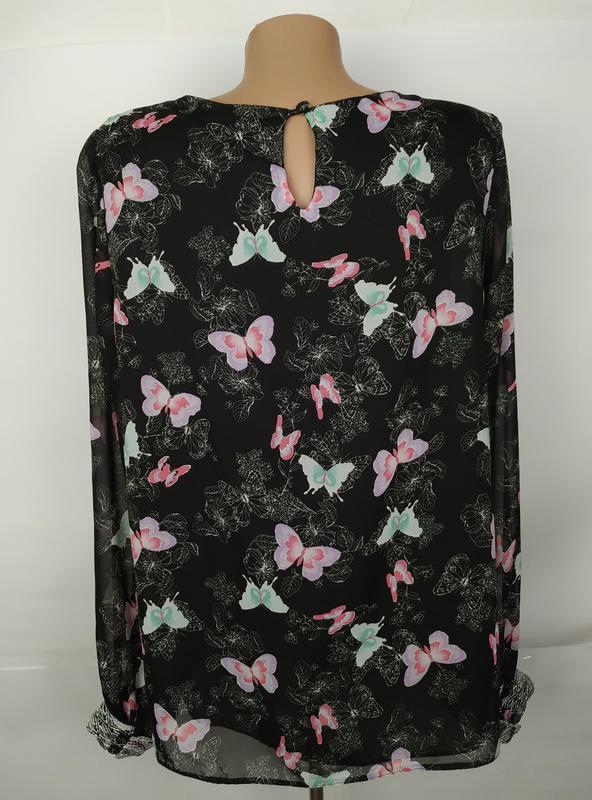Блуза красивая в принт бабочки на подкладке с паетками на рука... - Фото 5