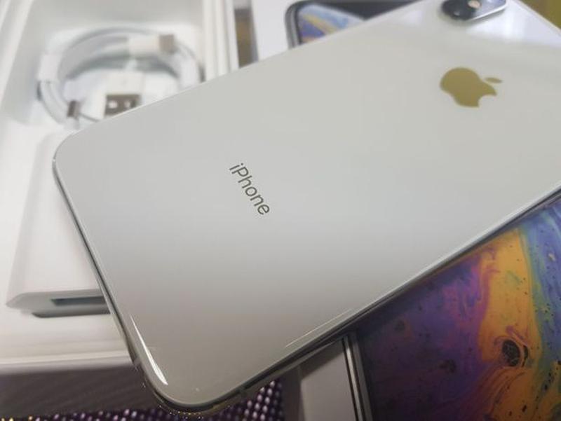 Apple iPhone Xs 64Gb. Silver ( neverlock ) Распродажа товарав. - Фото 6
