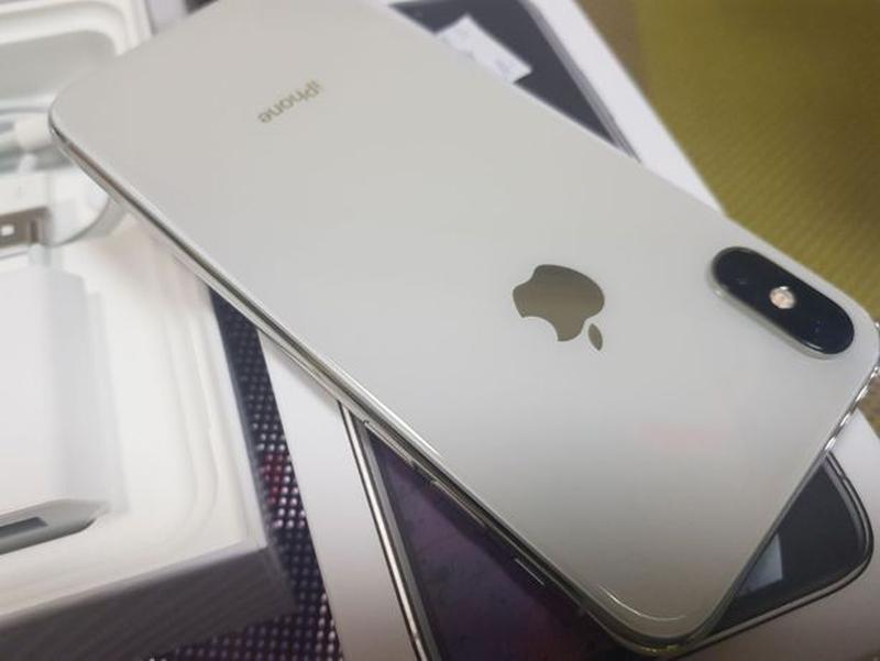 Apple iPhone Xs 64Gb. Silver ( neverlock ) Распродажа товарав. - Фото 7
