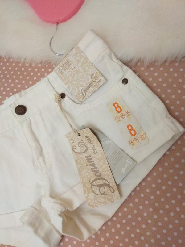 Білі короткі шорти джинсові від фірми denimco - Фото 2