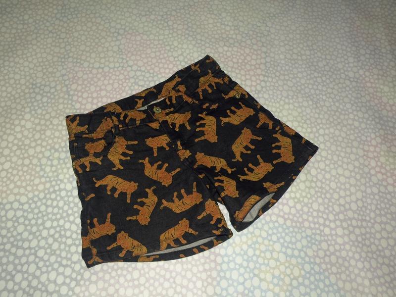 Джинсовые шорты тигры 10-12 лет
