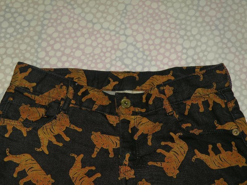 Джинсовые шорты тигры 10-12 лет - Фото 3