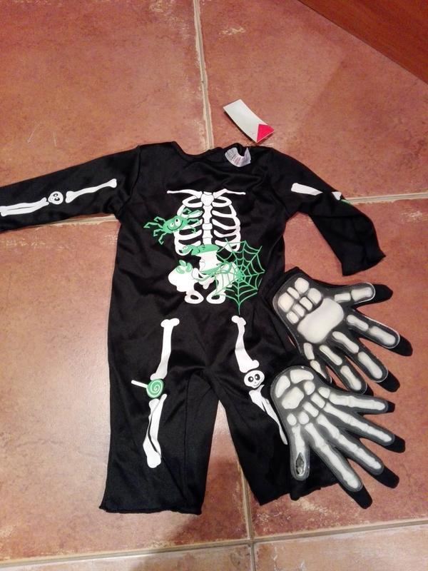 Костюм на хэллоуин скелетика, на 3_6 мес, есть перчатки для вз...