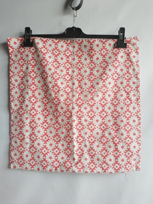 Декоративная наволочка на подушку 50 на 50 шведского бренда h&... - Фото 5