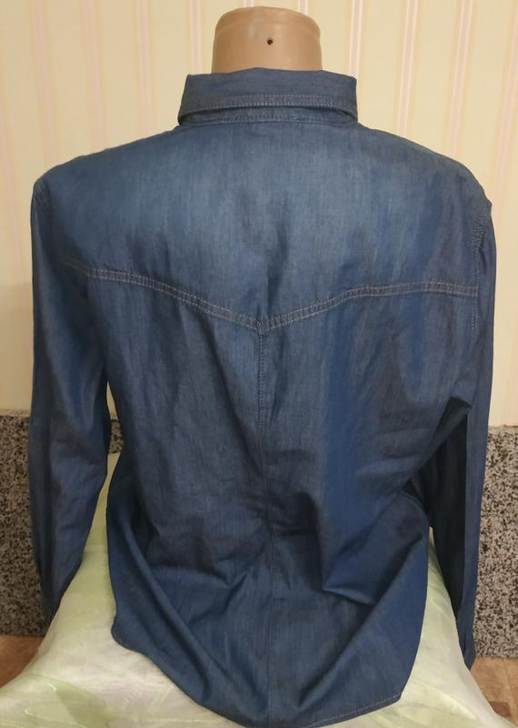 Женская фирменная джинсовая рубашка батал - Фото 2