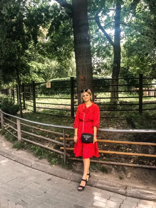 Очень крутое красное платье - Фото 9