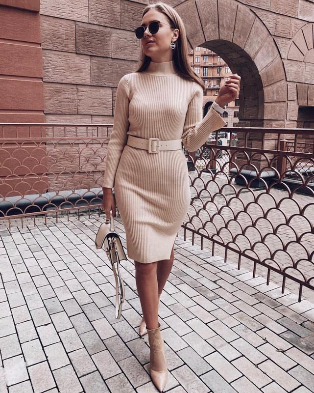 Платье с ремнем в комплекте